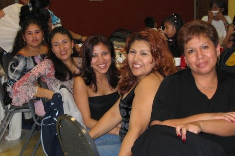 hispanic single women in waialua Latinopeoplemeetcom is the online dating community dedicated to singles that identify themselves as latino, hispanic, chicano, spanish and more.